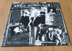 Buy this rare Xmal Deutschland record by clicking here